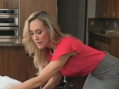Van Wilde fucked Brandi  and Taylor